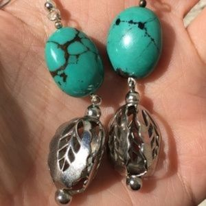 Vintage turquoise stone dangle earrings